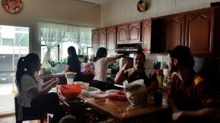 La familia cooking up a Christmas feast