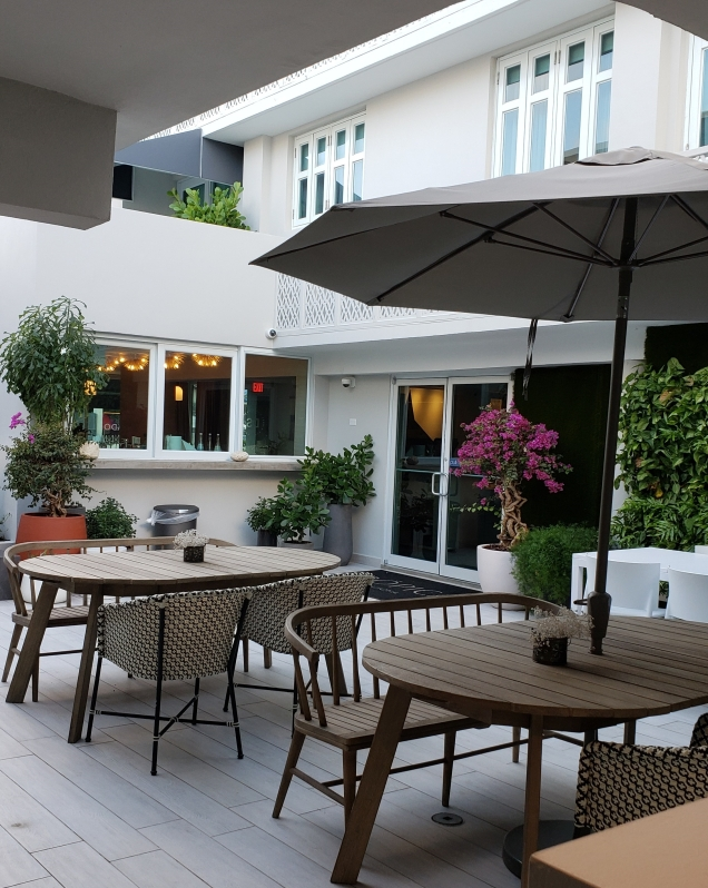 tropica outdoor seating