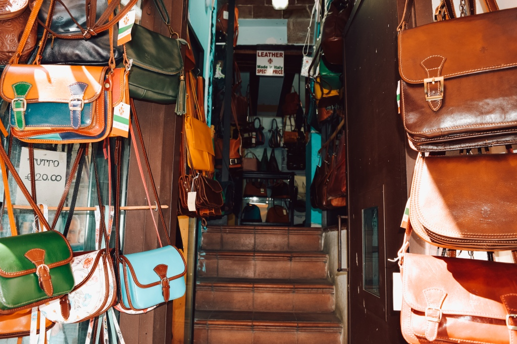 Italian Leather Purse shops